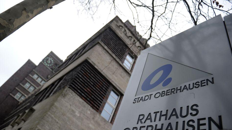 Rathaus von Oberhausen: Höchste Pro-Kopf-Verschuldung deutscher Großstädte