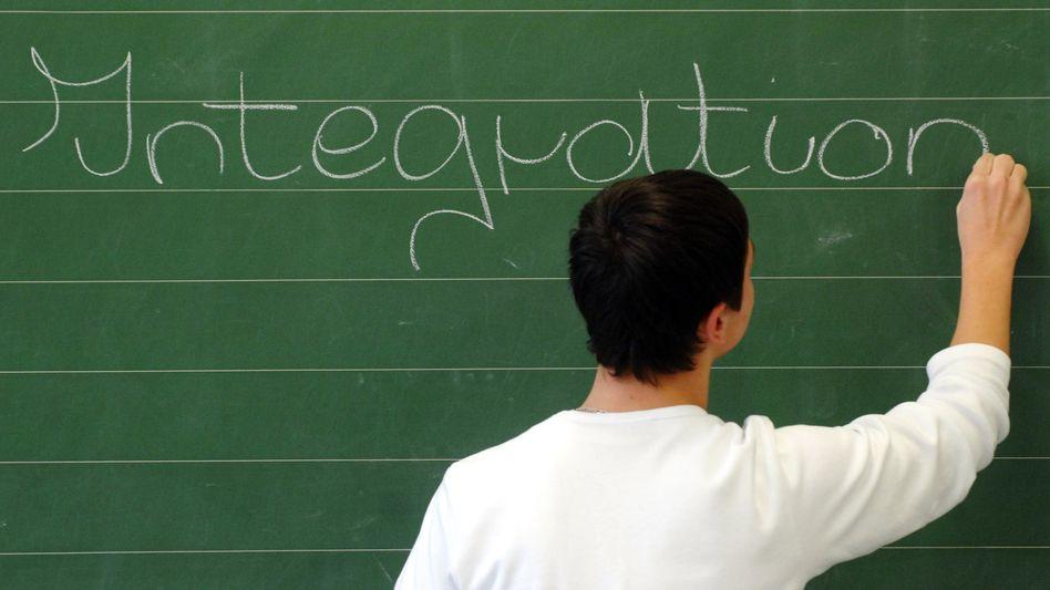Integrationshelfer: Lehrer mit Migrationshintergrund genießen ein besonderes Vertrauen