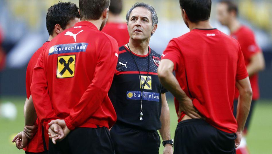 Marcel Koller bleibt Trainer von Österreich.