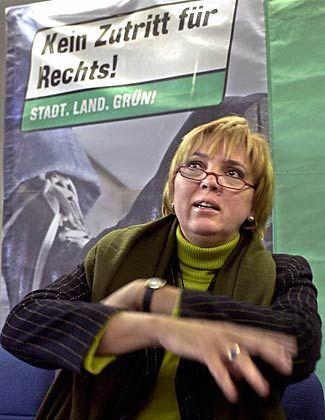 Grünen-Chefin Claudia Roth: Gegen rechts, aber auch gegen eine Einschränkung des Versammlungsrechts