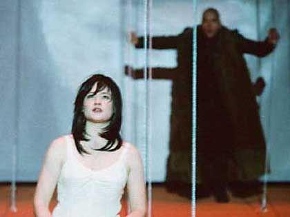 Szene mit Julia Jentsch als Brunhild: Ein bisschen wie Björk