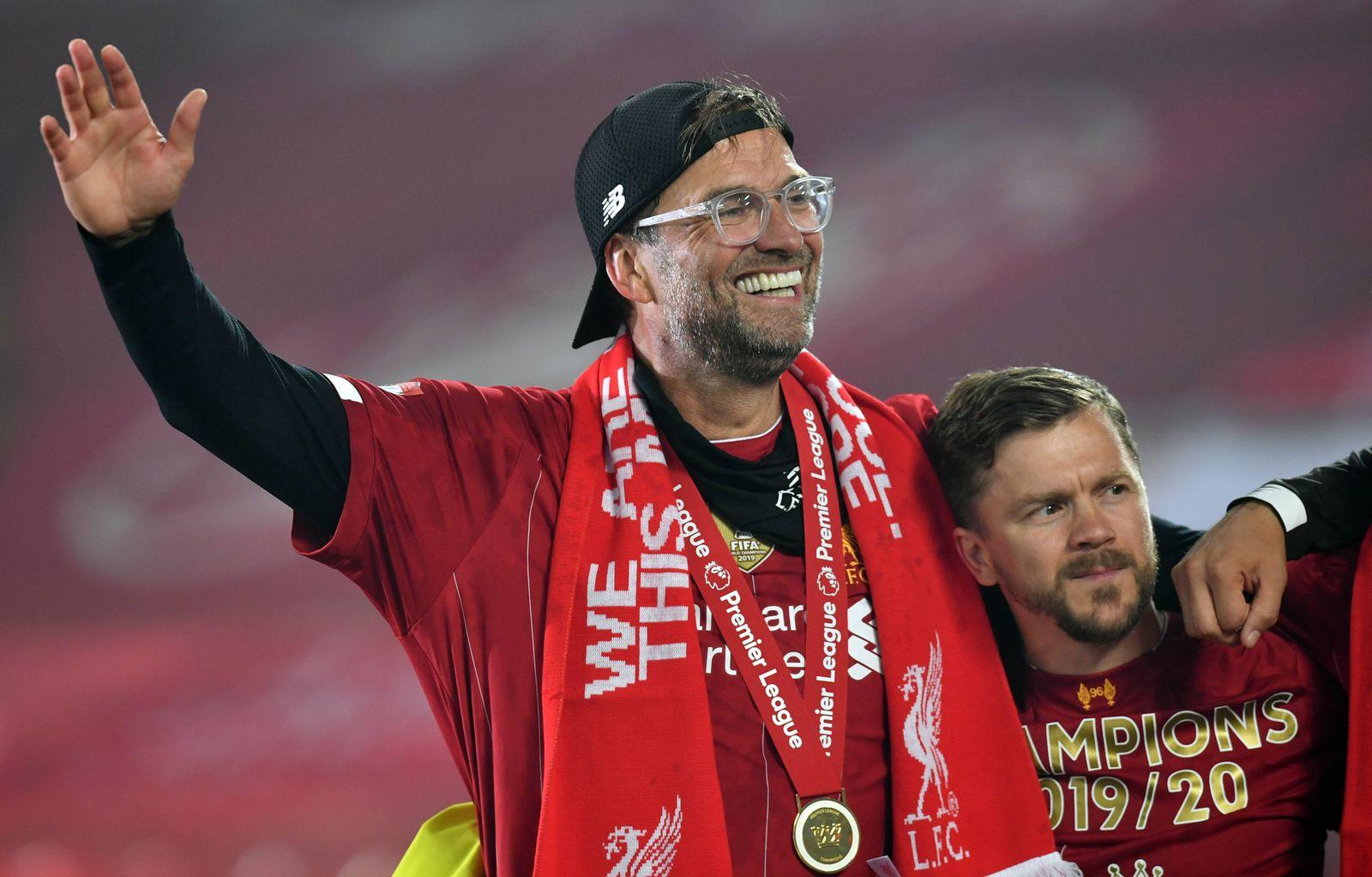 Sport Themen der Woche KW30 Sport Bilder des Tages Liverpool v Chelsea - Premier League - Anfield Liverpool manager Jurg