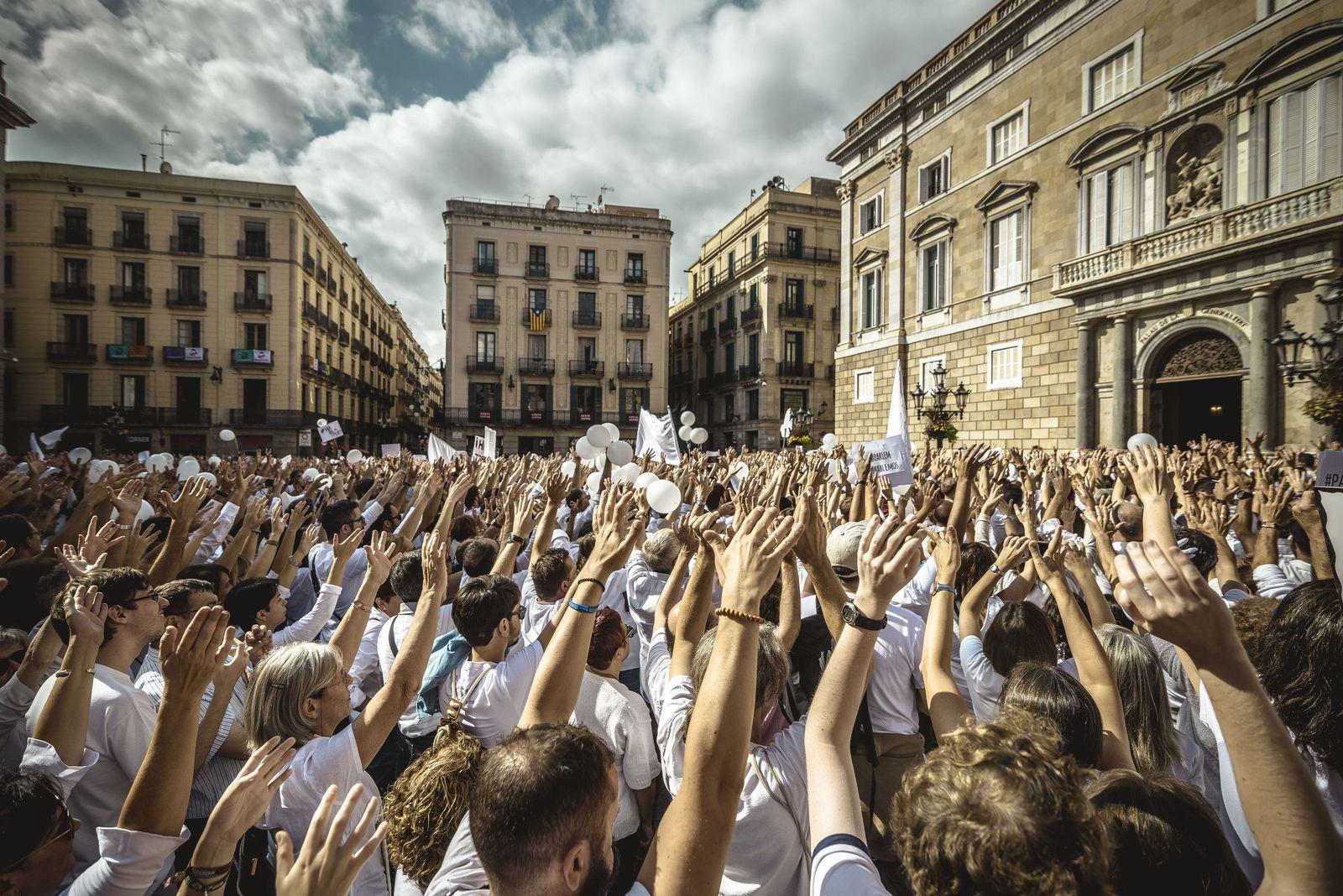 Katalonien Konflikt/ Aufruf zum Dialog/ Barcelona