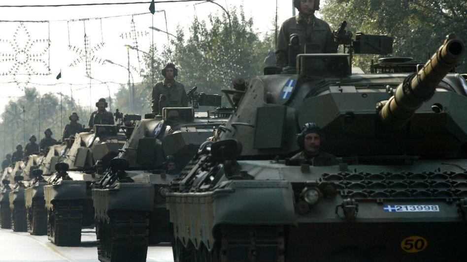 """""""Leopard""""-Panzer: Waffenbauer Krauss-Maffei Wegmann (KMW) fusioniert mit Nexter."""