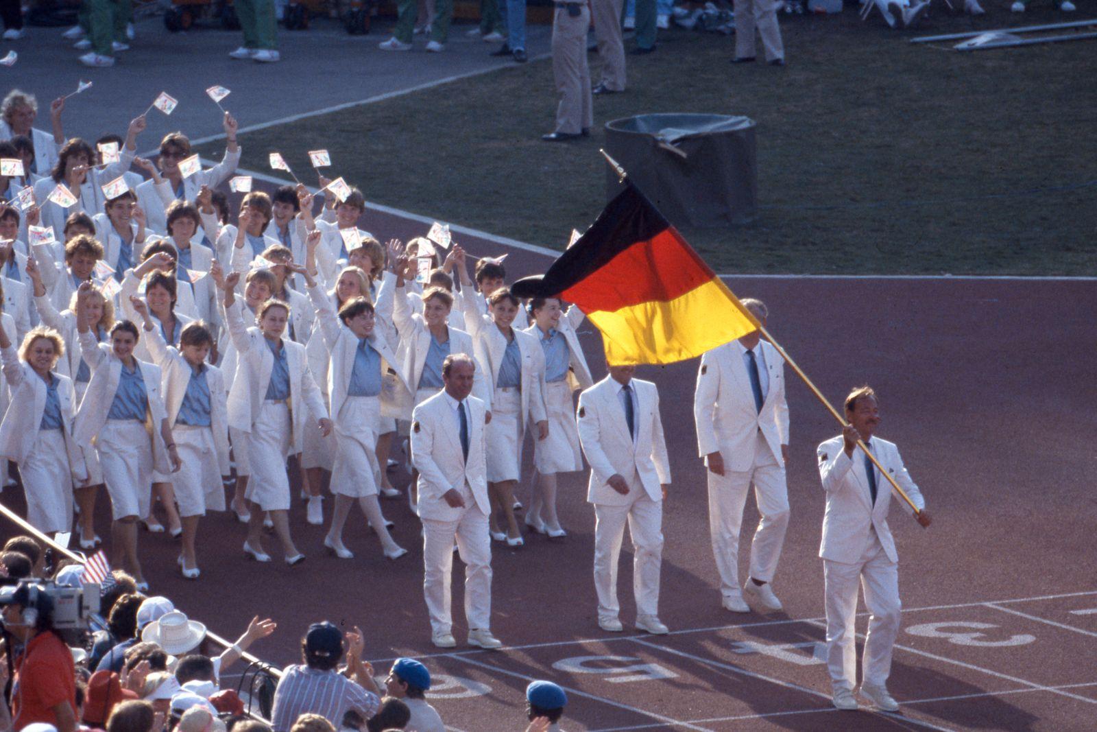 Eroeffnungsfeier Olympische Spiele 1984