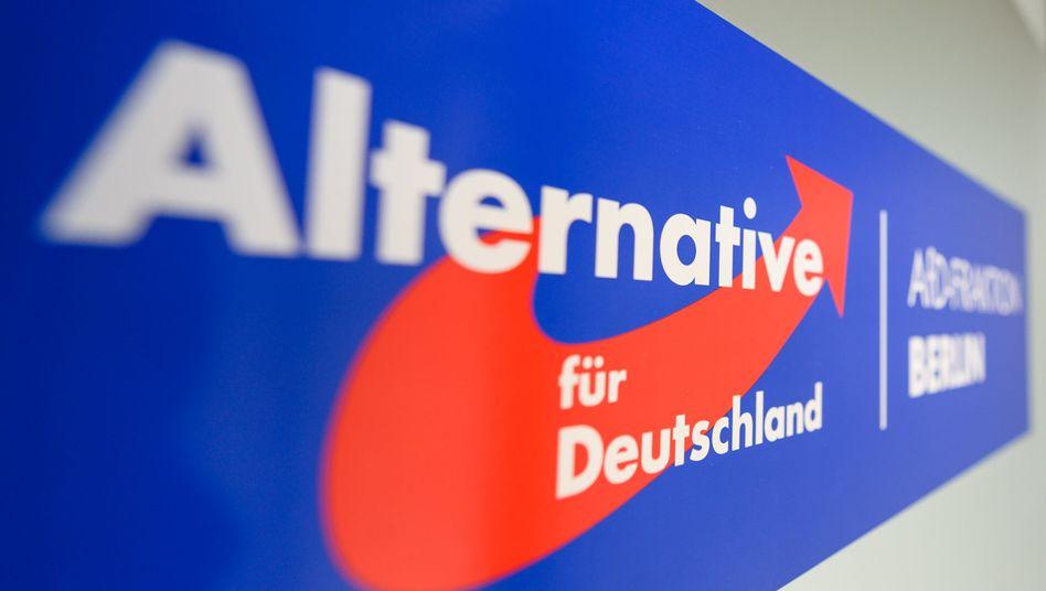 """AfD-Logo im Berliner Abgeordnetenhaus: """"offenbar tatsächliche Anhaltspunkte"""""""