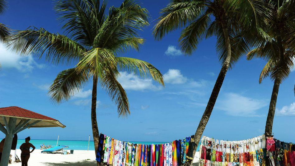 """Karibikinsel Antigua: Die erste staatliche betriebene """"Piratenseite""""?"""