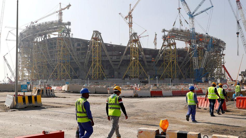 Baustelle in Katar: Hier soll die Fußball-WM 2022 ausgetragen werden
