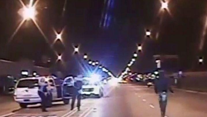 Polizeigewalt in Chicago: Video zeigt Erschießung von Laquan McDonald