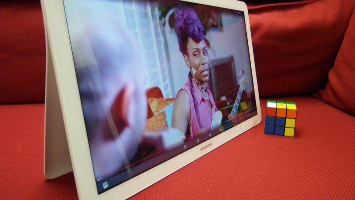 Galaxy View: Samsungs Mega-Tablet