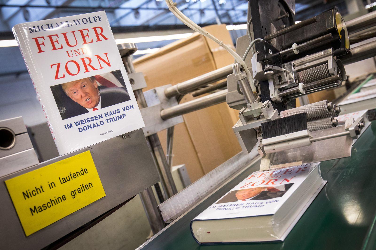 SPERRFRIST 14.02.18 00:00 Druck der deutschen Ausgabe des Trump-Buches
