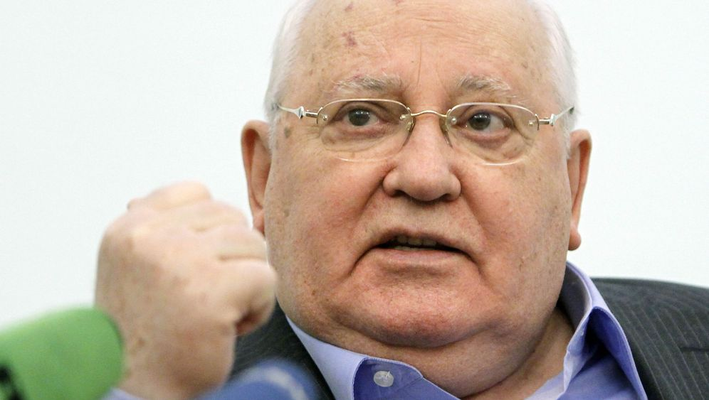 Photo Gallery: Gorbachev's Friends and Enemies