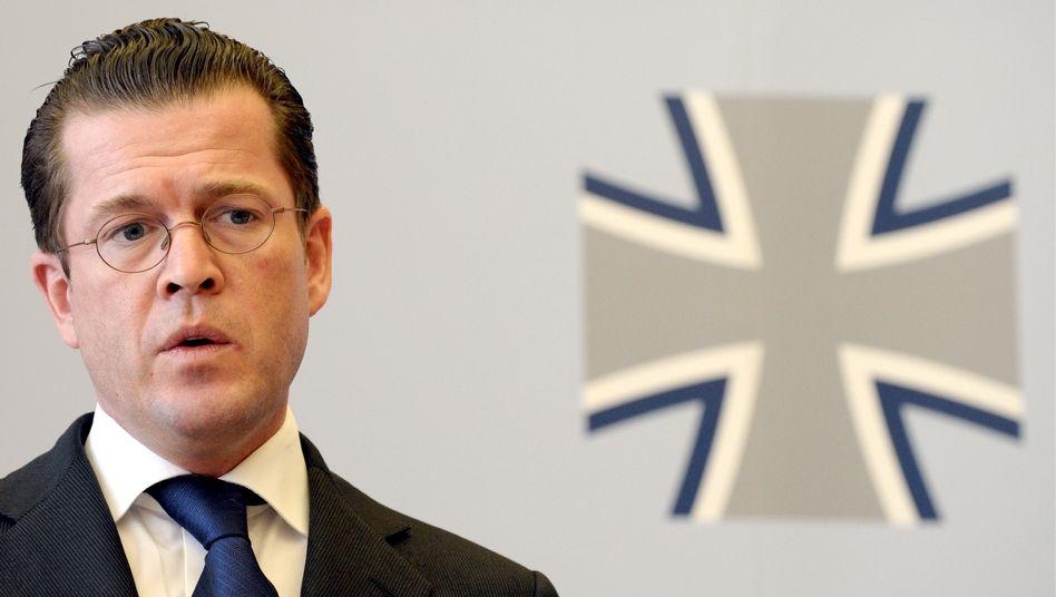 """Verteidigungsminister zu Guttenberg: """"Die Wehrpflicht hat sich bewährt"""""""