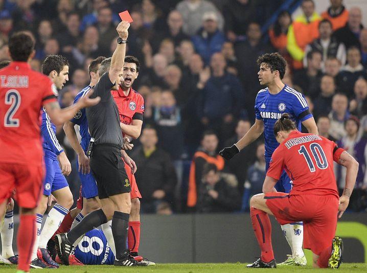 »War ein Fehler«: Kuipers über einen Platzverweis gegen Ibrahimović im Jahr 2015
