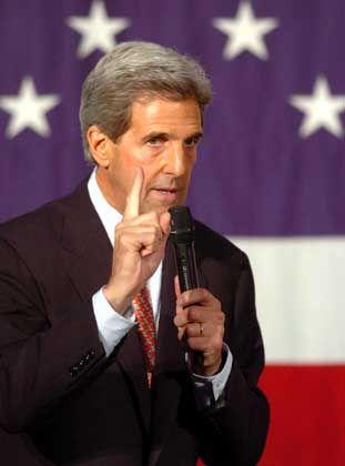 """John Kerry bei einem Wahlkampfauftritt: """"Schmutzige Arbeit"""""""