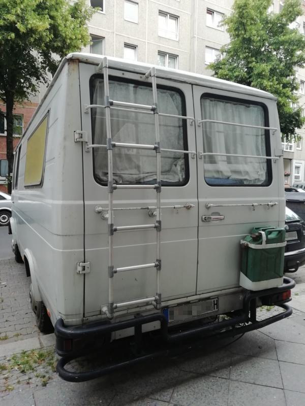 Rostlaube/ Auto/ H Kennzeichen