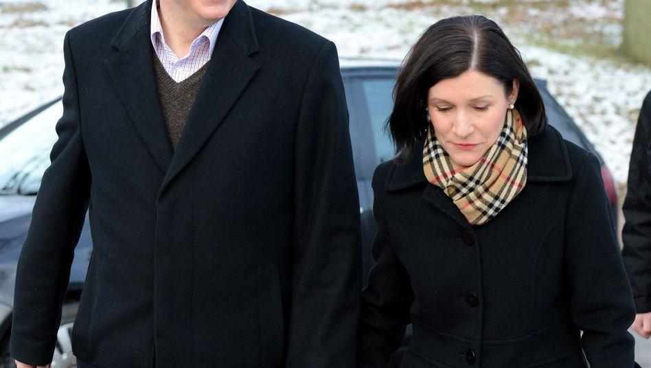 CDU-Spitzenkandidat McAllister mit Ehefrau Dunja: Zitterpartie im Norden