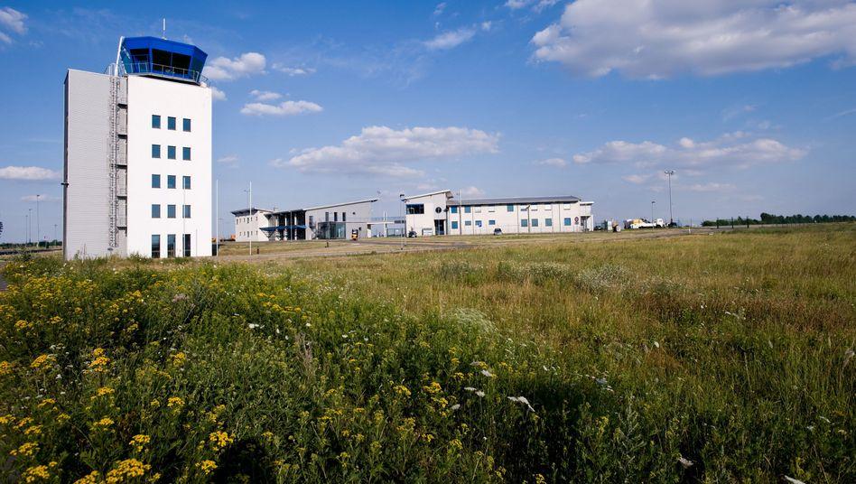 """Flughafen Cochstedt: """"Einer der wenigen Flugplätze in Europa, die wir nutzen können"""""""