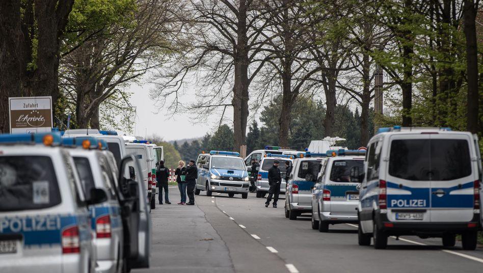Polizisten am Tatort in Dortmund