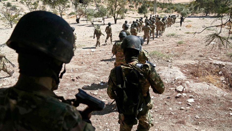 Syrische Rebellen nahe Idlib