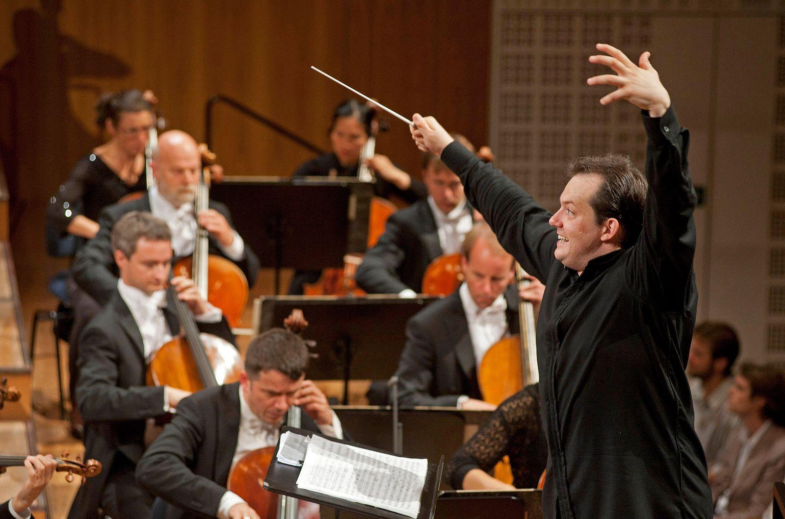 TAGESKARTE 30.06.12/ Klassik/ Andris Nelson/ Concertgebouw Orchestra