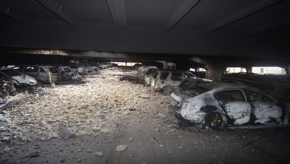 Zerstörte Autos in Liverpool