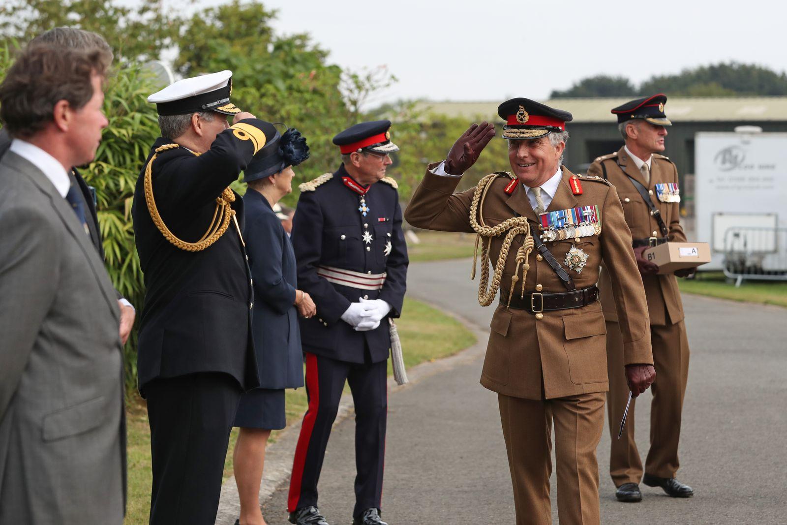 Boris Johnson Lays A Wreath To Commemorate The 75th Anniversary Of VJ Day