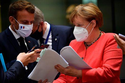 Frankreichs Präsident Macron und Kanzlerin Merkel wollen der EU mit den Aufbauhilfen neuen Schwung verleihen