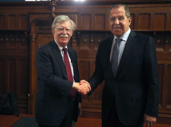 Bolton mit Russlands Außenminister Lawrow in Moskau