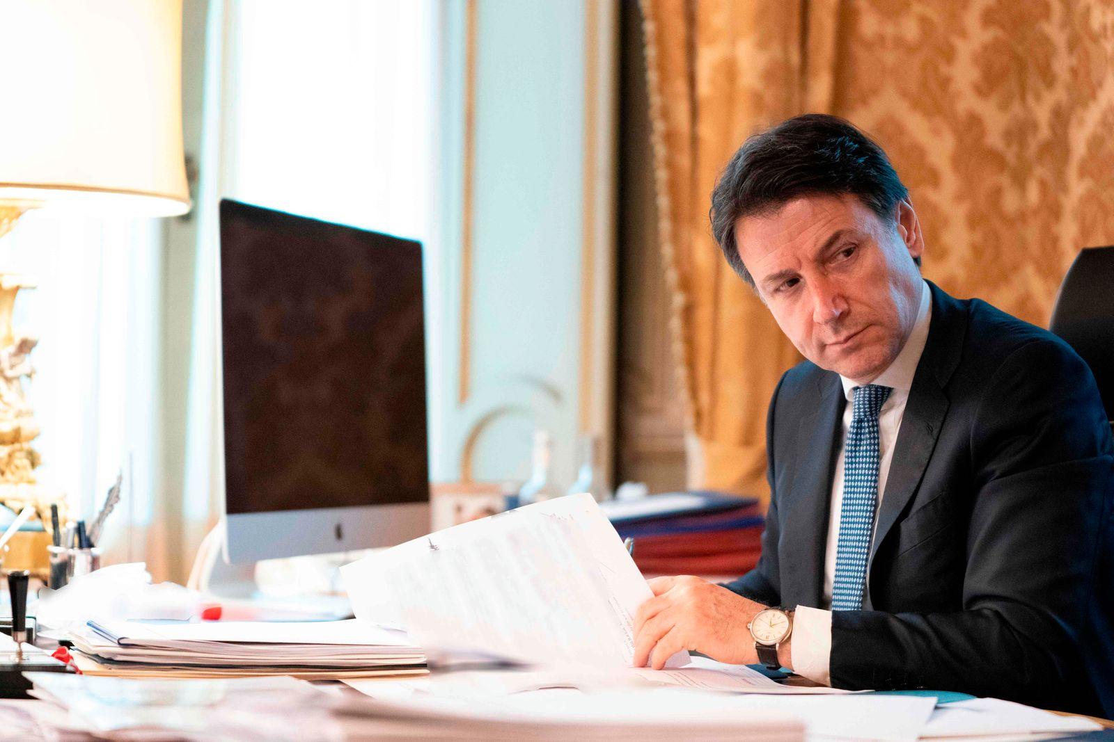 ITALY-EU-HEALTH-VIRUS-POLITICS-SUMMIT-VIEDOCONFERENCE