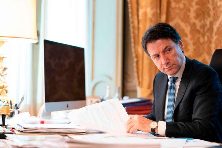 """""""Der Staat ist da"""": Italiens Premier Conte kämpft gegen das Coronavirus und seine Folgen an"""
