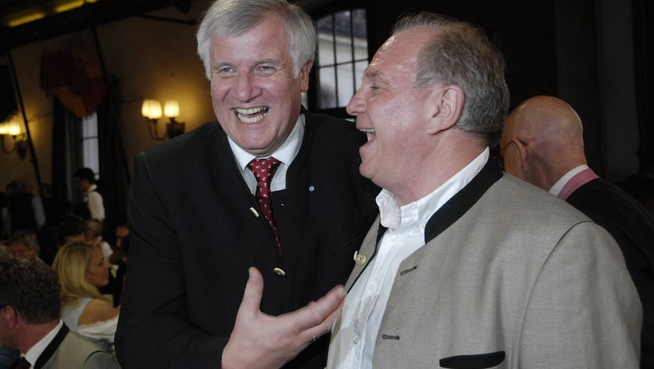 CSU-Chef Seehofer, FC-Bayern-Präsident Hoeneß: Gewinnertypen unter sich