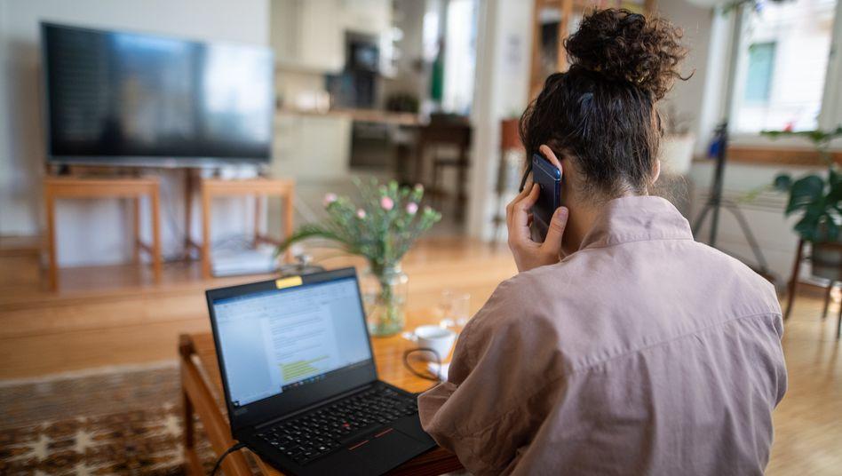 Die Arbeit im Homeoffice belastet das Privatleben – eine Steuerpauschale soll zumindest finanzielle Entlastung bringen