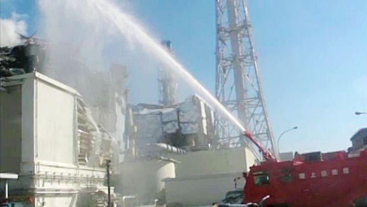 Unglücks-AKW: Wasser marsch in Fukushima