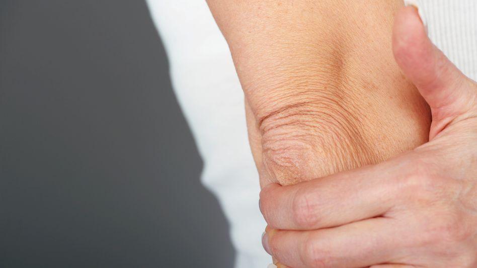 Ellenbogen: Ein Schlag auf den Musikantenknochen raubt einem für kurze Zeit den Atem
