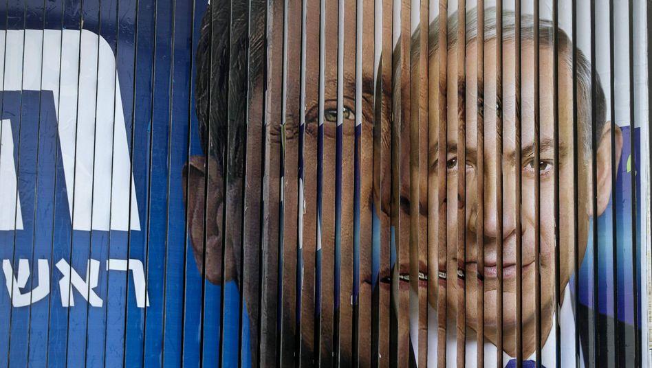 Premier Netanyahu (r.) und Oppositionsführer Herzog: Machtwechsel in Israel?