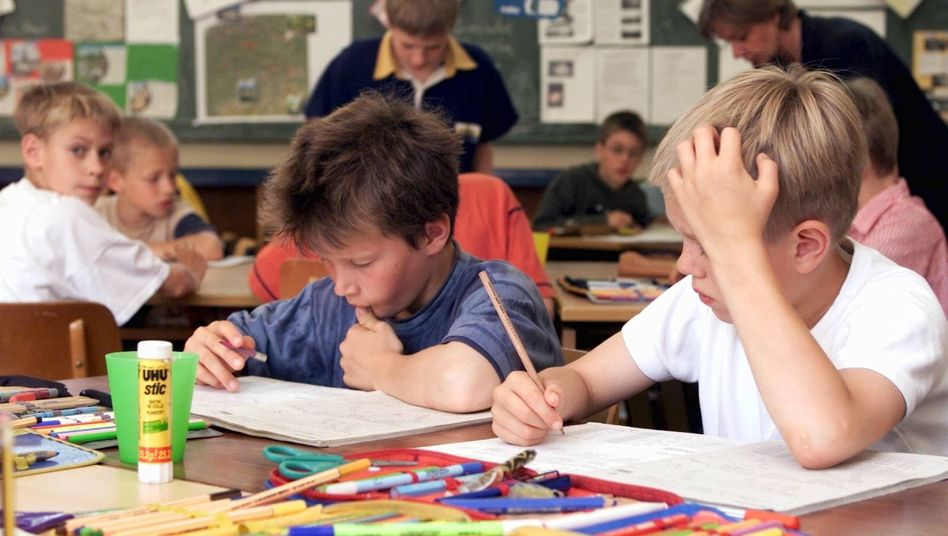 Grundschüler (Archiv): Das deutsche Bildungssystem produziert zu viele Risikoschüler