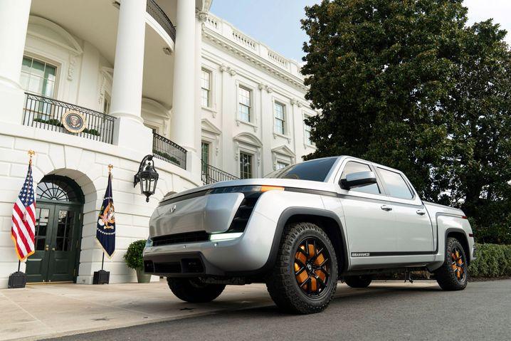 Stolz präsentiert: der erste voll elektrische Pick-up von Lordstown Motors im September vor dem Weißen Haus
