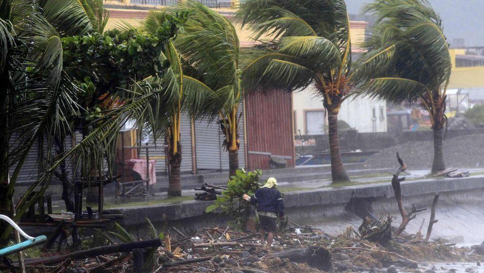 """Manila in Alarmbereitschaft: Wirbelsturm """"Hagupit"""" nimmt Kurs auf philippinische Hauptstadt"""