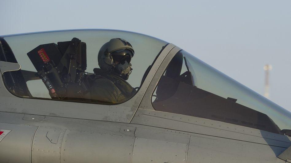 Französischer Kampfpilot (im Tschad): Einsatz im Mali-Konflikt