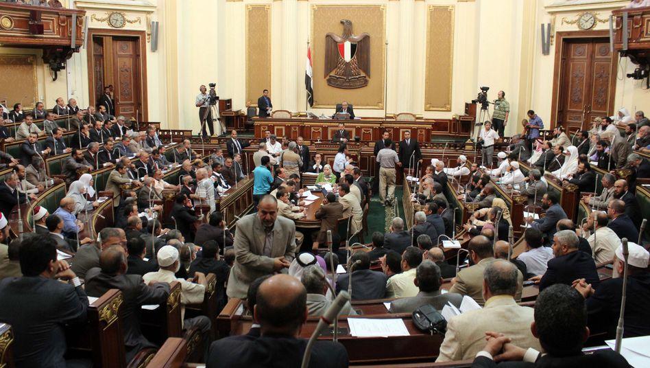 Kairos Parlament am Dienstag: Sitzung laut Verfassungsgericht ungültig