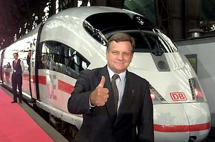 Bahnchef Mehdorn (mit 8,86 von 10 möglichen Punkten): König der Loser und unangefochten auf Platz 1