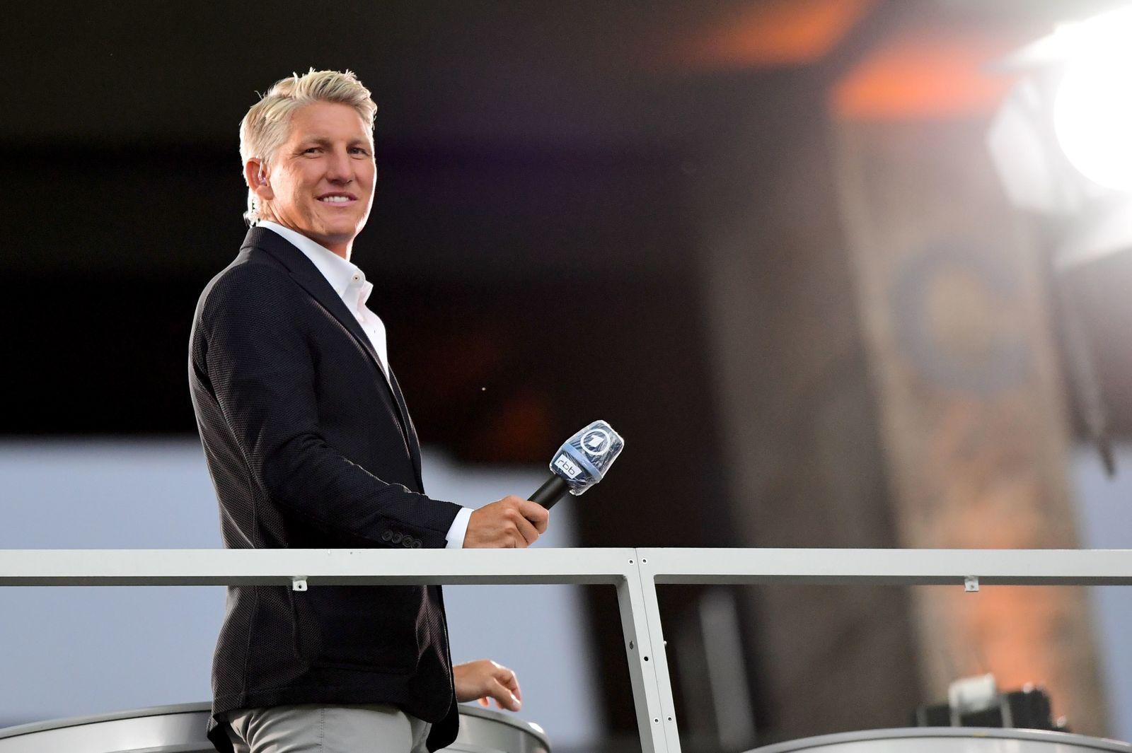 Schweinsteiger bei Debüt als ARD-Fußballexperte