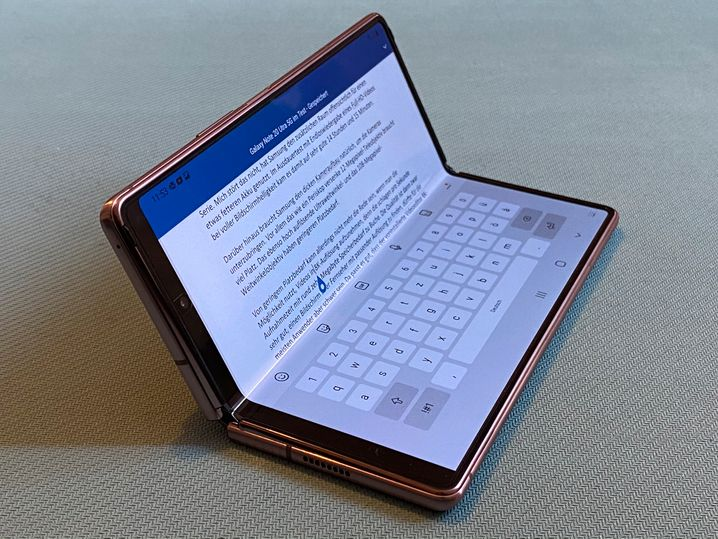 Microsoft Office erinnert mit seiner eingeblendeten Tastatur ein wenig an die Zeiten des Nokia Communicators