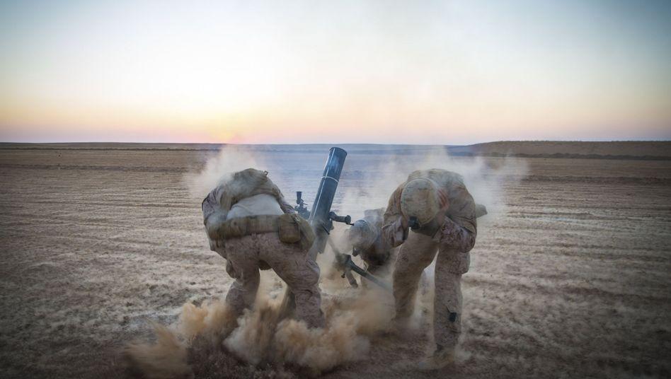 US-Militäreinsatz in Syrien: Warum im Hinterhof Europas für Frieden sorgen?