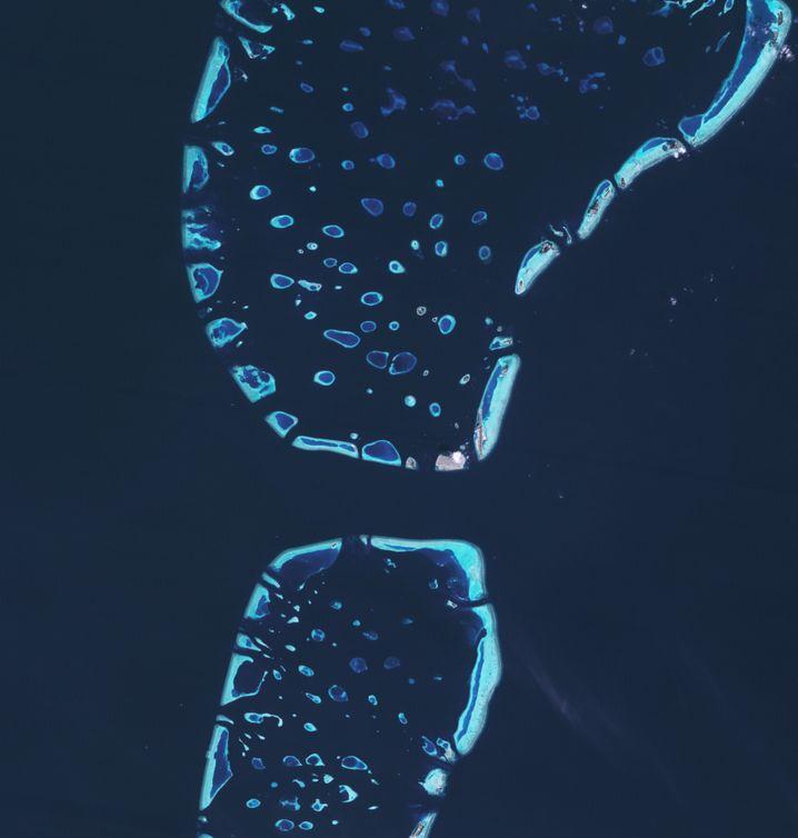 Die Malediven vom Weltraum