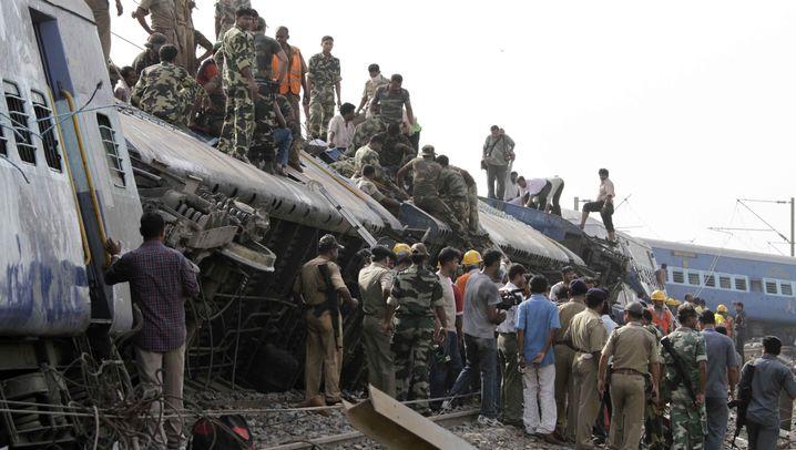 Anschlag in Indien: Terror auf den Gleisen