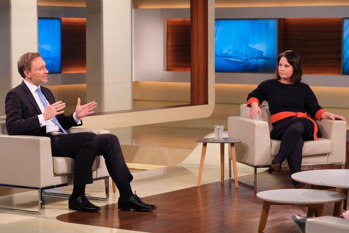 FDP-Chef Christian Lindner mit Annalena Baerbock in der ARD-Sendung von Anne Will