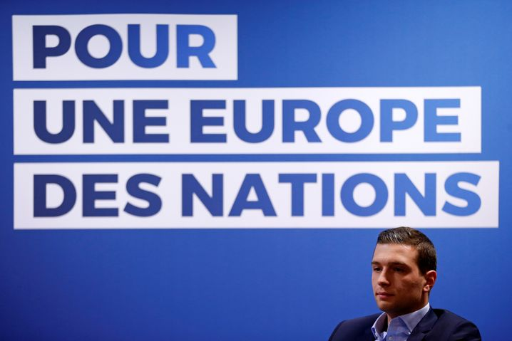 "For a ""Europe of Nations"": Bardella at a press conference in Strasbourg presenting RN's European election platform"