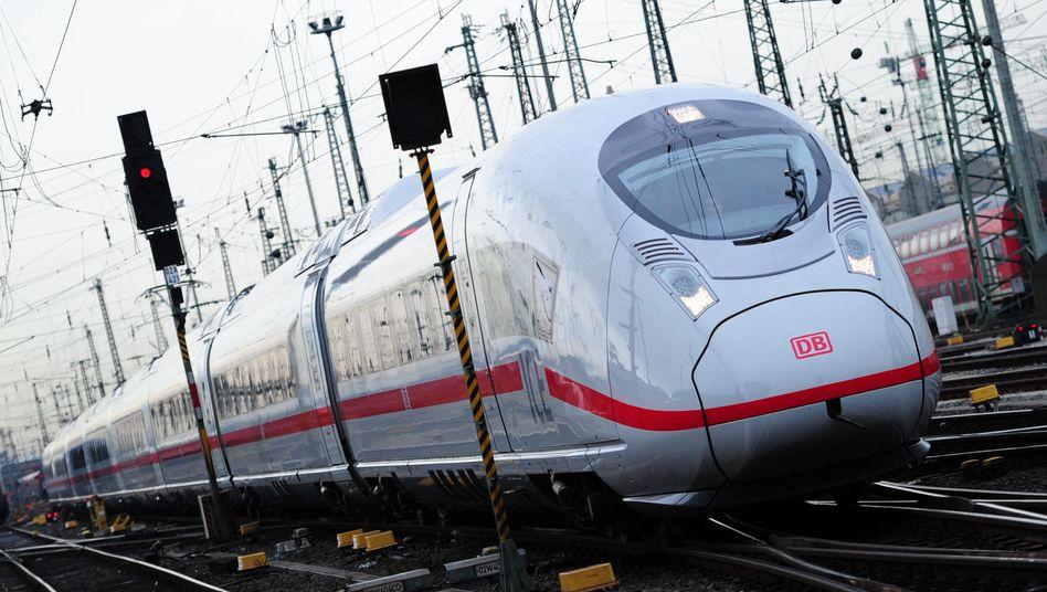 ICE in Frankfurt am Main: Bald Filme, Podcasts und Spiele über W-Lan im Zug